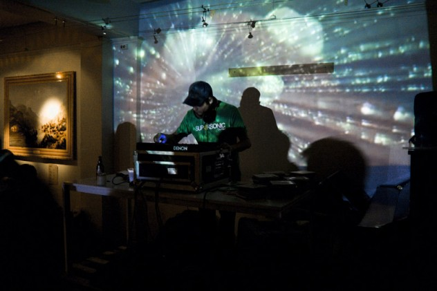 Benjamin Finger DJ-Set by Jon Benjamin Tallera¦ès